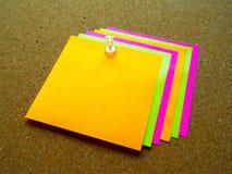 Note de post-it colorée Photos stock