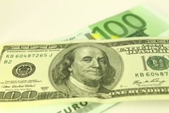 Note del dollaro e dell'euro Fotografia Stock Libera da Diritti