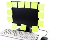 Note gialle sullo schermo Immagini Stock