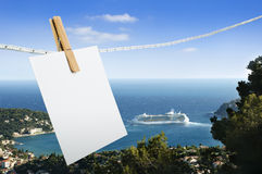 Note paper hooked on a rope. Royalty Free Stock Photography
