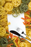 Note paper on Italian pasta background Royalty Free Stock Image