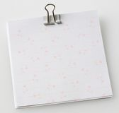 Note paper with paper clip Royalty Free Stock Images
