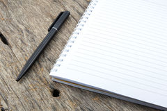 Note paper and pen Royalty Free Stock Image