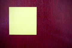 Note paper on wood Royalty Free Stock Images