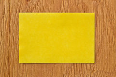 Note on ply wood background Royalty Free Stock Photo