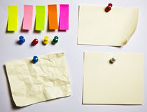 Note pushclipping path office crushed paper differ Royalty Free Stock Image