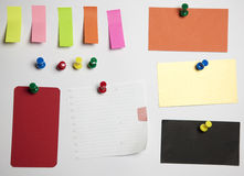 Note pushclipping path office crushed paper differ. Note with Tack and push pins  with clipping path office crushed paper different colors Stock Images