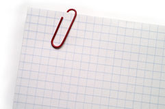 Note with red paper clip Royalty Free Stock Photography