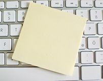 Note sur le clavier d'ordinateur : l'espace Photos stock