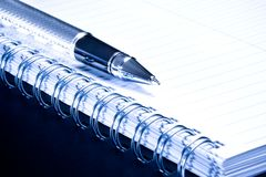 Notebook and business pen in composition Royalty Free Stock Photography