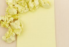 Notebook and crumpled paper Royalty Free Stock Images