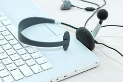 Notebook headset Royalty Free Stock Photos