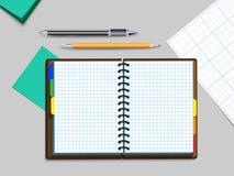Notebooke, pena e lápis Fotos de Stock