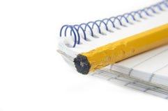 notepad żuć makro- ołówek Zdjęcie Royalty Free