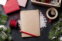 Notepad för julbokstav Arkivfoto