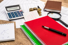 Notepad, financial documents, calculator, pen Royalty Free Stock Photography