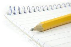 notepad makro- ołówek Zdjęcia Royalty Free