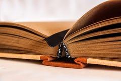 Notepad med bruna sidor Fotografering för Bildbyråer