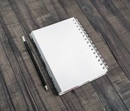 Notepad and pencil Royalty Free Stock Photos