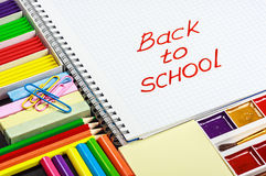 Notepad with the words back to school Stock Photography