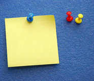 notepaper żółty Obrazy Royalty Free