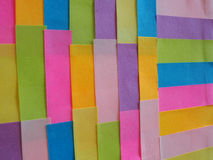Notes collantes colorées comme fond Photos libres de droits