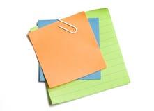Notes collantes coupées Images stock