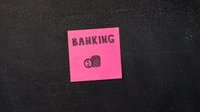 Notes collantes sur le tableau noir photo libre de droits