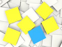 Notes et notices vides de Copyspace d'expositions de notes de post-it Images stock