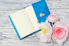 Notes and flowers Royalty Free Stock Photo