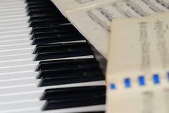 Notes toujours de piano de la vie photos libres de droits