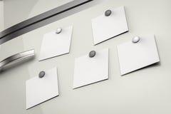 Notes vides sur le réfrigérateur Images libres de droits