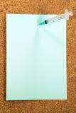 Notez le tableau d'affichage médical de seringue Photographie stock libre de droits