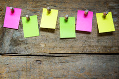 Notice board with six blank notes Royalty Free Stock Images