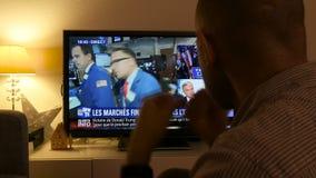 Noticias de última hora del resultado de elección de los E.E.U.U. en discusiones de las noticias del canal de televisión de al Ja almacen de video