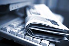 Noticias en línea Imágenes de archivo libres de regalías