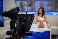 Notierendes Zeigung in Fernsehstudio Lizenzfreies Stockbild