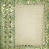 Notitieboekje in de overladen groene dekking Stock Foto's