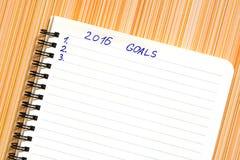 Notitieboekje met doelstellingen van jaar 2016 Stock Foto's