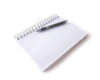 Notitieboekje met pen Royalty-vrije Stock Fotografie