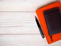 Notizbücher auf dem Tisch Stockfoto