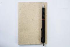 Notizbücher und Bleistifte für das Nehmen von Kenntnissen, für neue Ideen Lizenzfreies Stockfoto