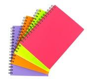 Notizbuch auf weißem Hintergrund Lizenzfreie Stockfotografie