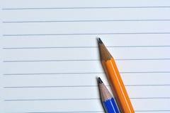 Notizbuch mit Bleistiftnahaufnahme Lizenzfreie Stockfotografie
