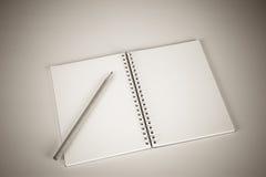 Notizbuch mit einem Bleistift Stockfoto