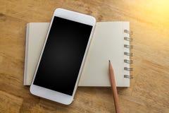 Notizbuch mit in neue Planung und in freies t zu holen dem Bleistiftkonzept, Lizenzfreie Stockbilder