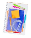 Notizbuch mit Schulbedarf Stockbild