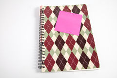 Notizbuch, Post-It und Stift Stockfotografie