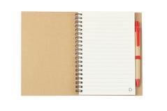 Notizbuch-und Ballpoint-Feder lizenzfreie stockbilder