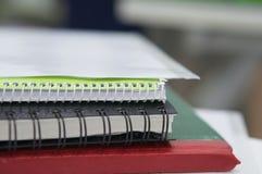 Notizbuch- und Dateidokument stockfotografie
